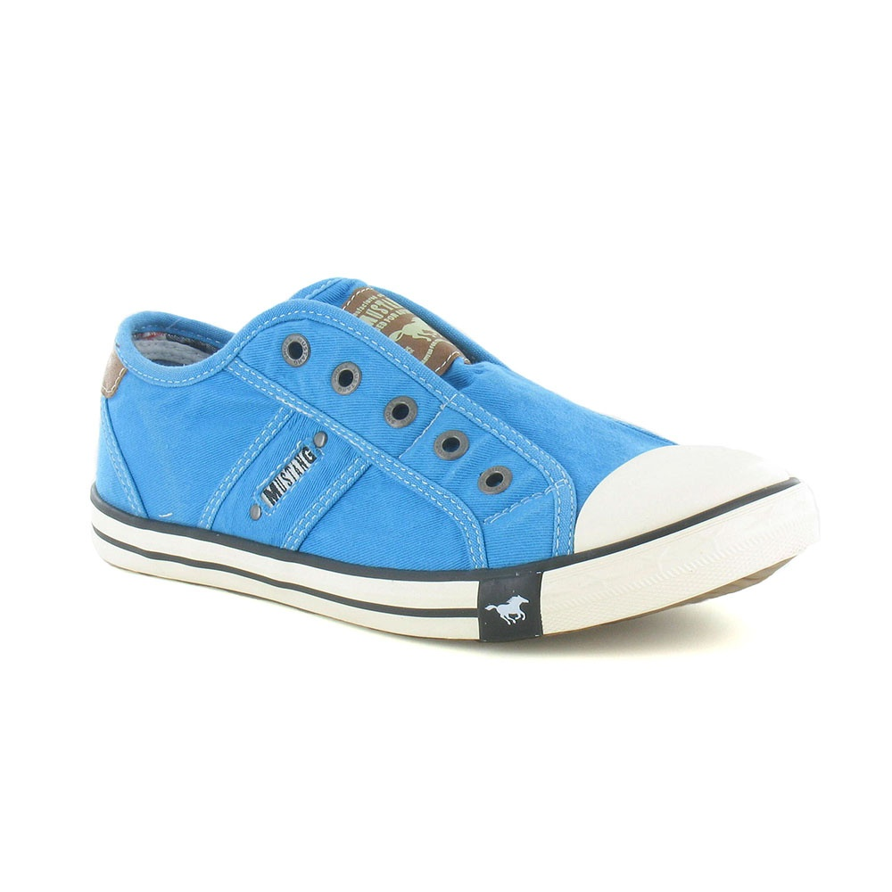 Mustang 1099-401 Womens Canvas Fashion Trainers - Light Blue