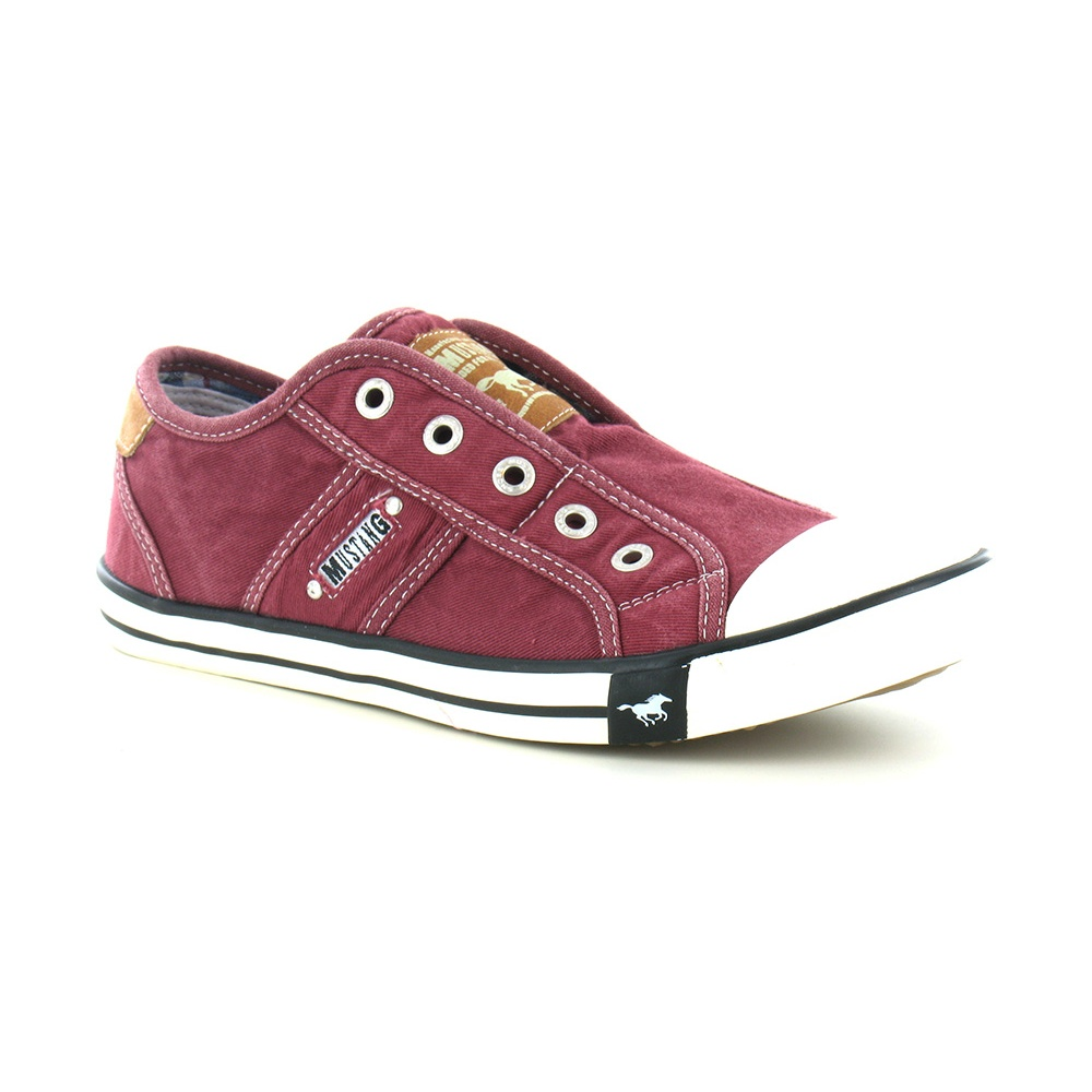 Mustang 1099-401 Womens Canvas Fashion Trainers - Bordeaux Red